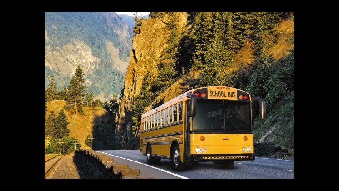 DTNA baut Busse für L.A.