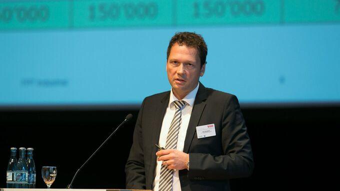 Dr. Dirk Bergmann, Geschäftsführer der Fiat Powertrain Motorenforschung