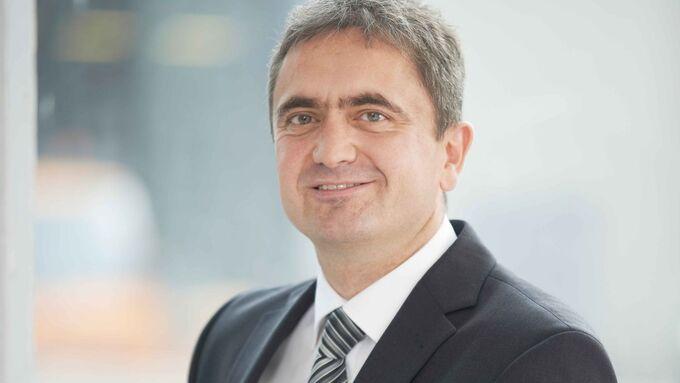 Dr. Uwe Lauber