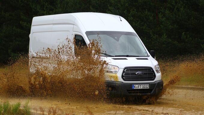 Fords Transporter-Teststrecke in Lommel/Belgien