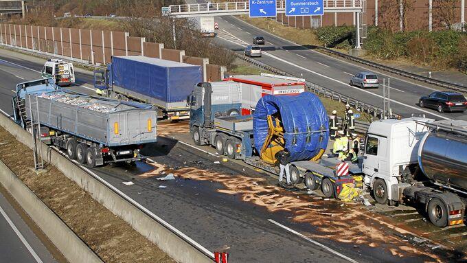 LkW-Unfälle Kölner Autobahnring
