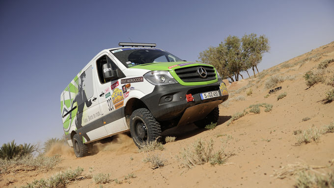 Mercedes-Benz Sprinter siegt bei der Rallye Aicha des Gazelles 2014.