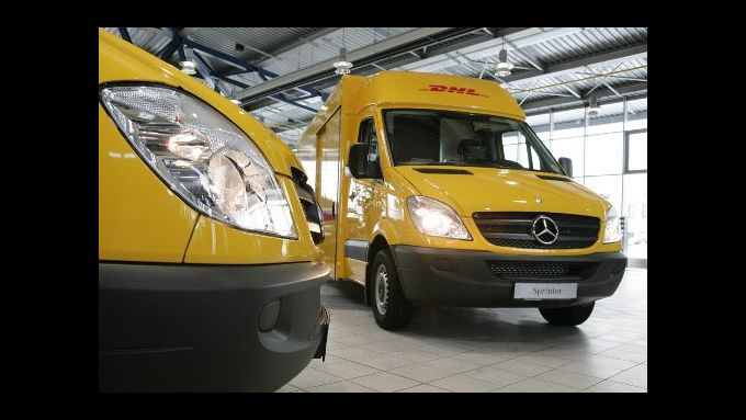 Mercedes liefert 1.300 Post-Sprinter