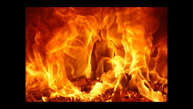 Recht: Keine betriebsbedingte Haftpflicht bei Brand auf Hebebühne