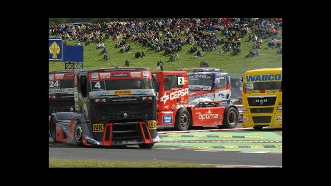Truck Race Most