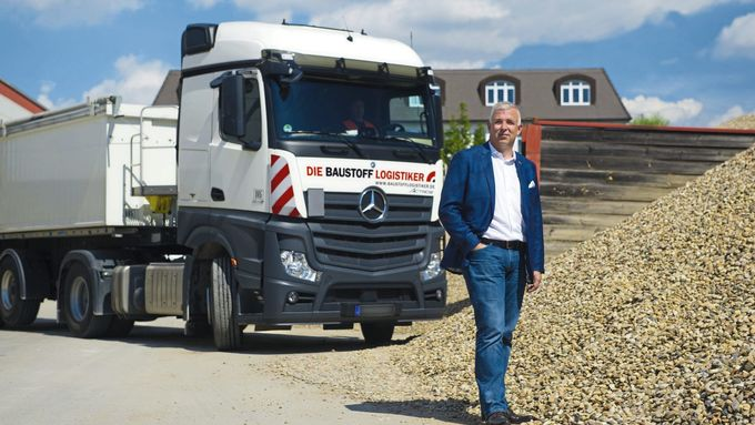 Dirk Zingler, Geschäftsführer von Die Baustofflogistiker und Die Agrarlogistiker.