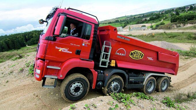 Lkw, Kipper, hydrostatischer Antrieb, Baugrube