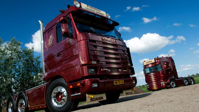 Scania 143 M 420 und Scania R 500