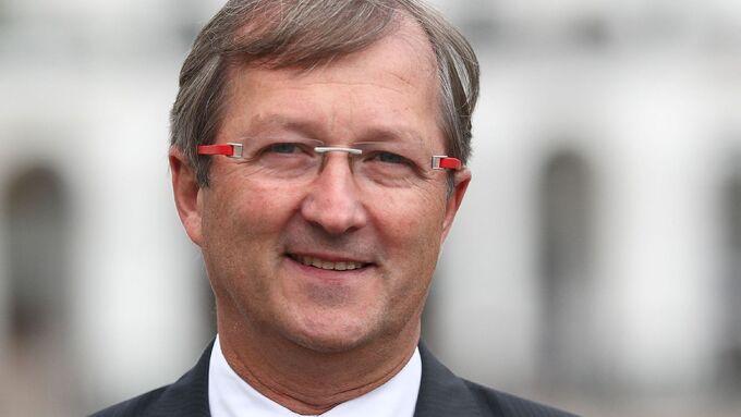 Willem van der Schalk, Vorsitzer des VHSp